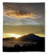 Akinabalu 3 Fleece Blanket