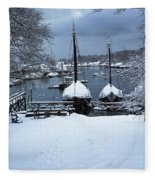 Angelique And Lewis R French In The Snow Fleece Blanket