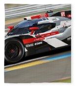 Audi R18 E-tron, Le Mans - 11 Fleece Blanket