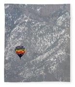 Ballon Verses Mountain Fleece Blanket