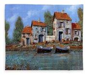 Borgo Viola Fleece Blanket
