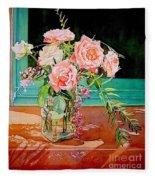 Bouquet De Roses - Marrakech Fleece Blanket