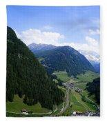 Cortina 7 Fleece Blanket