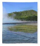 D09127 Reflection In Grand Prismatic Spring Fleece Blanket