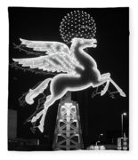 Dallas Pegasus Bw 121517 Fleece Blanket
