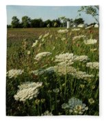 Days Of Queen Annes Lace Fleece Blanket