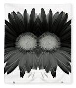 Double Daisy Noir Fleece Blanket