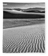 Dunes Details Fleece Blanket