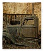 Ely's Mill Dodge Fleece Blanket