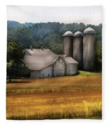 Farm - Barn - Home On The Range Fleece Blanket