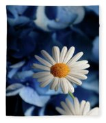 Feeling Blue Daisies Fleece Blanket