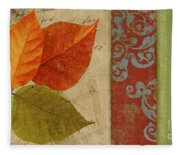 Feuilles II Fleece Blanket