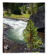 Firehole Fin Fleece Blanket