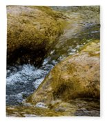 Flow Through And Eddy Fleece Blanket