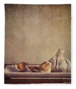Garlic Cloves Fleece Blanket