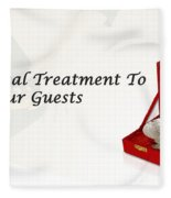 Give A Royal Treatment To Your Guests - Rustik Craft Fleece Blanket