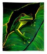 Green Tree Frog And Leaf Fleece Blanket