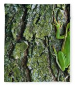 Green Tree Frog On Lichen Covered Bark Fleece Blanket