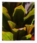 Hojas Verdes Y Rojas Fleece Blanket