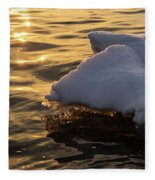 Icy Gold And Silk - Luminous Icicles Reflected On Glossy Water Fleece Blanket