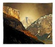 In The Presence Of God Fleece Blanket