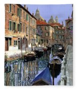 Le Barche Sul Canale Fleece Blanket