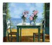 Le Rose E Il Balcone Fleece Blanket