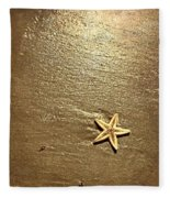 Lone Starfish On The Beach Fleece Blanket
