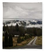 Low Overhead Fleece Blanket