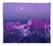 M05413 Moonrise Over Broken Top Fleece Blanket