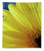 Macro Daisy Fleece Blanket