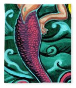 Mermaid With Pearl Fleece Blanket