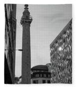 Monument To The Great Fire Of London Bw Fleece Blanket