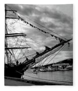 Moored At Hobart Bw Fleece Blanket