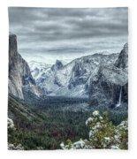 Most Beautiful Yosemite National Park Tunnel View Fleece Blanket