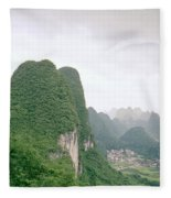 China Mountain View Fleece Blanket