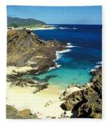 Oahu, Beach Goers Fleece Blanket