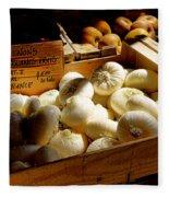 Onions Blancs Frais Fleece Blanket