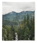 Oregon Cascade Range Fleece Blanket
