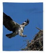 Osprey Landing Approach - Oregon Coast Fleece Blanket