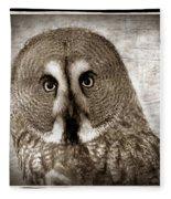 Owls Eyes -vintage Series Fleece Blanket