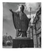 Papa Juan Pablo II - Mexico City Byn Fleece Blanket