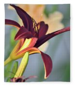 Profile Of A Day Lily Fleece Blanket