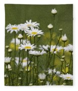 Rain Drops On Daisies Fleece Blanket