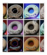 Randy's Donuts - Dozen Assorted Fleece Blanket