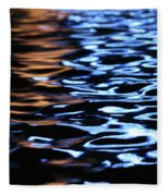 Reflection In Fountain Fleece Blanket