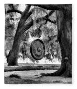 Rip Van Winkle Gardens Louisiana Bw Fleece Blanket