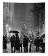Rockefeller Center Christmas Tree Black And White Fleece Blanket