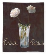 Rosa Rosae Fleece Blanket
