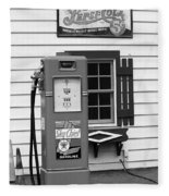 Route 66 - Illinois Vintage Pump Bw Fleece Blanket